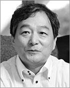 中央大学文学部教授 山田 昌弘