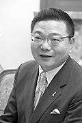 古川康・佐賀県知事