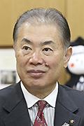 鈴木俊美氏