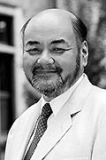 新川達郎氏