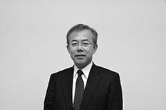 山田 正氏