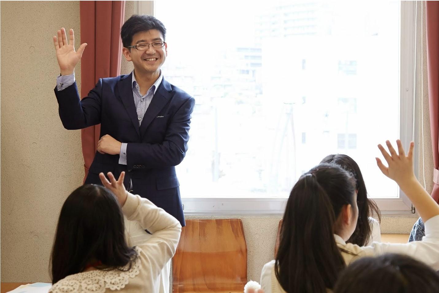 ワークショップを展開する著者(倉部史記氏)